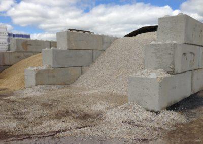 golebloc-bloc-beton-case-gravier