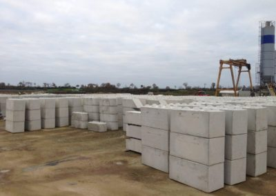 golebloc-bloc-beton-fabrication-stock